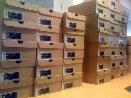 coraline-dunk-nike-shoe-boxes
