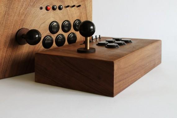 r-kaid-42-retro-gaming-love-hulten-011-570x379