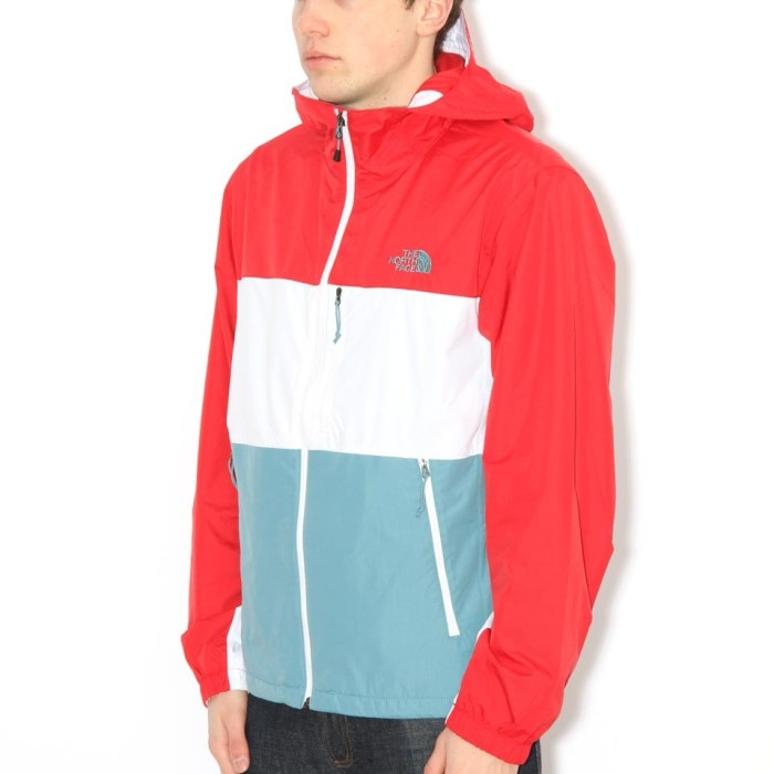 the-north-face-atmosphere-jacket-white-storm-blue-red-white-2